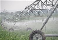 地角臂移管式灌溉机
