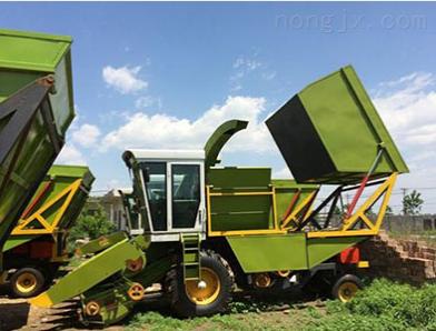玉米联合收割机