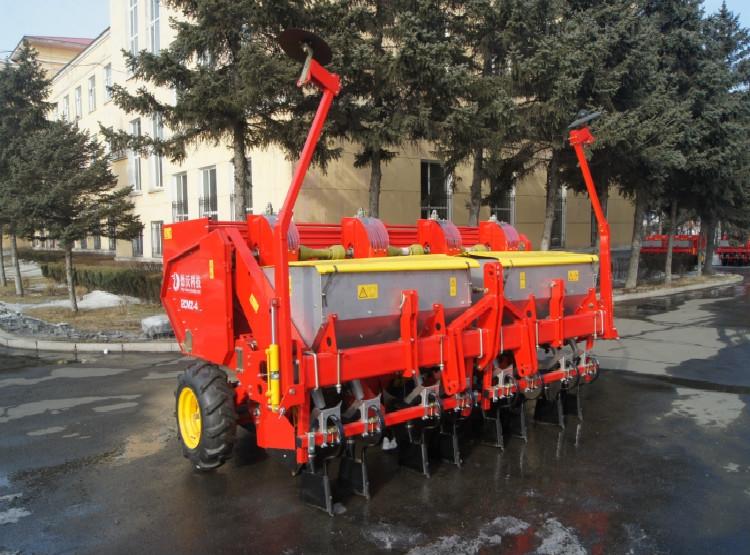 2CMZ系列马铃薯施肥种植机